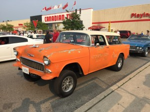 LONDON CANADIAN TIRE HOT ROD CRUISE NIGHT