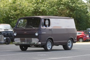 HOT ROD CHEVY VAN