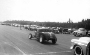 VINTAGE DRAGS DEUCE COUPE