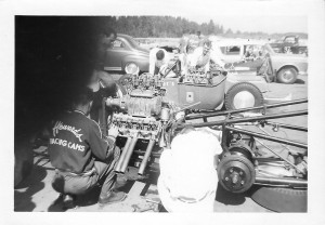 VINTAGE DRAGS THRASHING IN THE PITS
