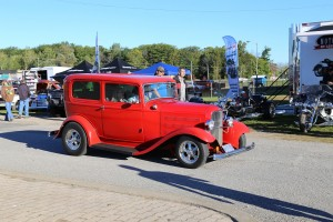 WELLAND LAST CHANCE CAR SHOW 02